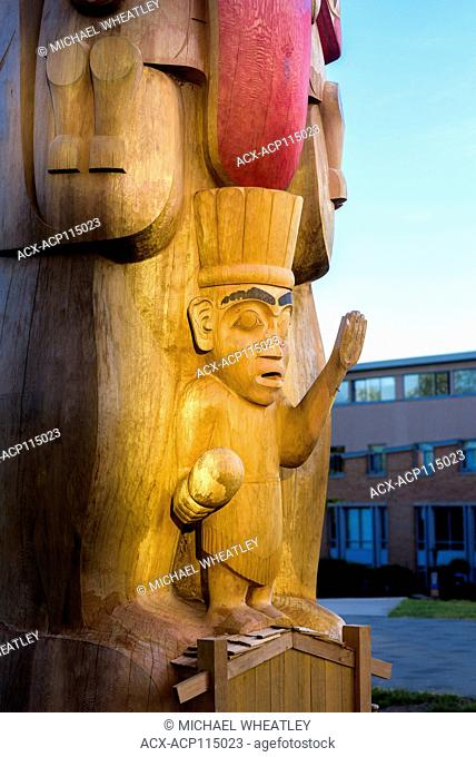 55-foot totem pole carved by Haida master artist and Hereditary Chief, 7idansuu, (Edenshaw) aka James Hart. The Reconciliation Pole is an 800-year-old red cedar...