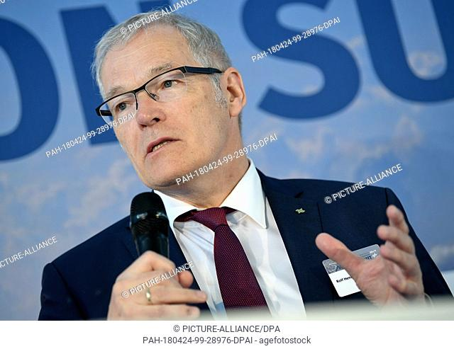 24 April 2018, Germany, Berlin: Rolf Henke, President of the German Society for Air and Space Travel (DLR), speaks at the Berlin Aviation Summit