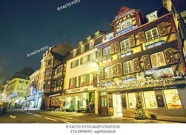 Houses with Christmas decoration at the city center. Colmar. Haut-Rhin. Alsace. France