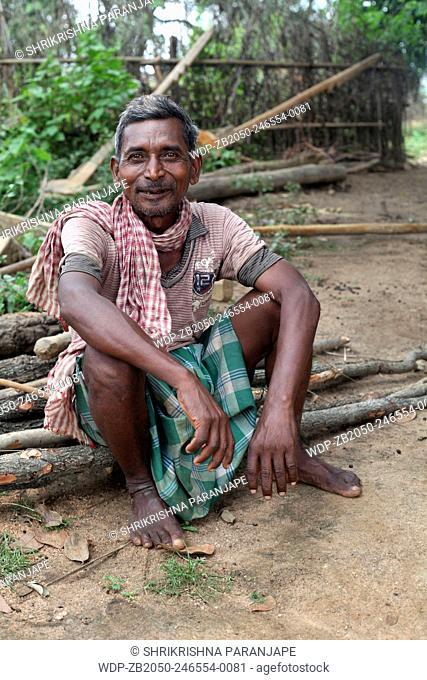 Portrait of a tribal man. Santhal tribe. Jarweadhi village, Bishangarh block, District Hazaribaug, Jharkhand