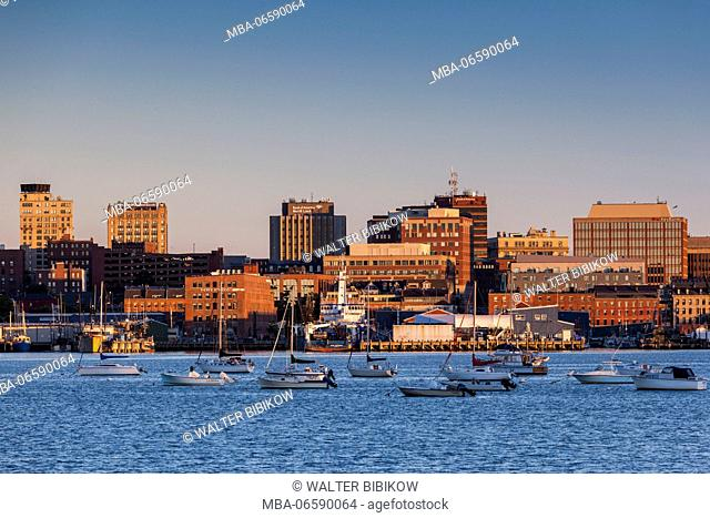 USA, Maine, Portland, skyline from South Portland, dawn