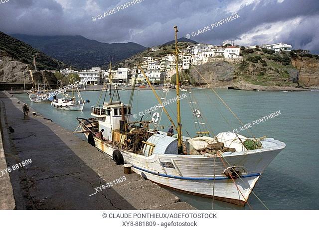 Boat-at-pier