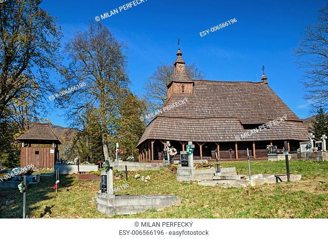 Wooden church of St. Michael the Archangel - Topo?a
