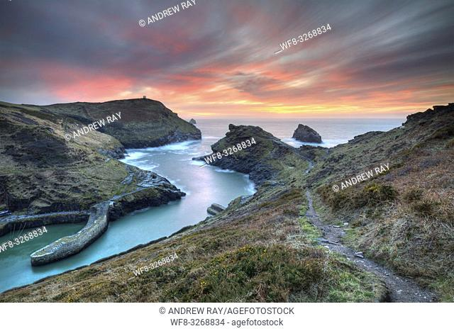 The entrance to the harbour at Boscastle, on the north coast of Cornwall. Captured from a high vantage point, at sunset in early March