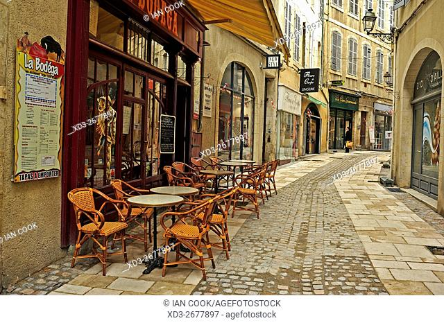sidewalk cafe, Auch, Gers Department, Midi-Pyrénées, France