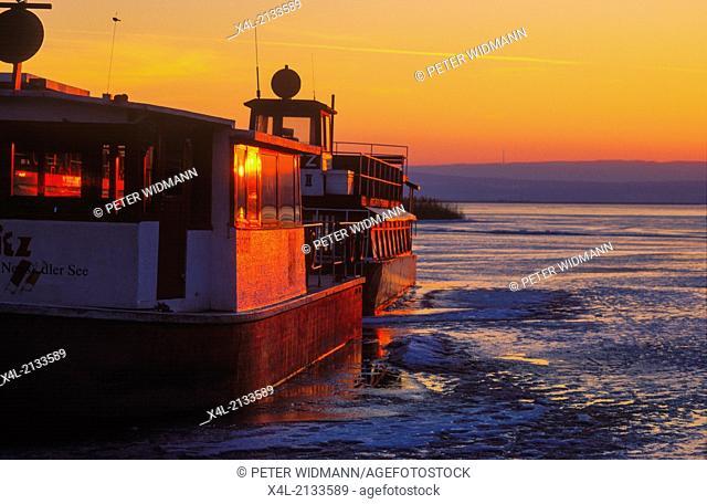 excursion boat near Illmitz, Austria, Burgenland, Neusiedlersee Seewinkel