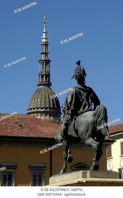 The cupola of the Basilica of San Gaudenzio, with the equestrian monument to Victor Emmanuel II in the foreground, Novara, Piedmont, Italy