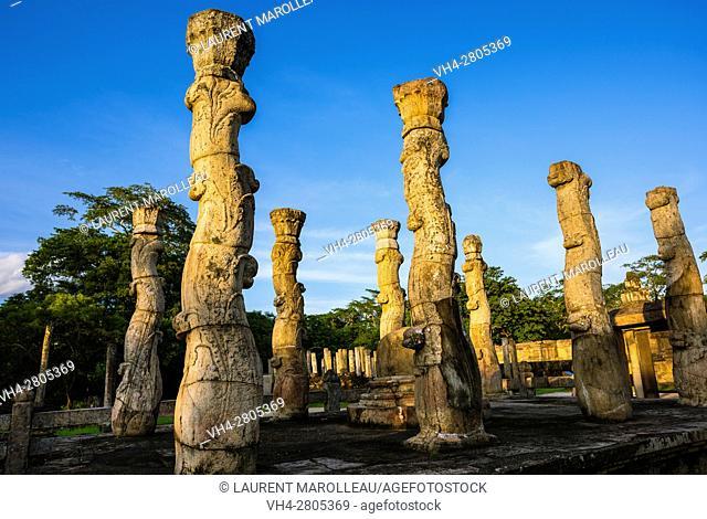 Nissanka Latha Mandapaya, The Quadrangle, Ancient City of Polonnaruwa, North Central Province, Sri Lanka, Asia