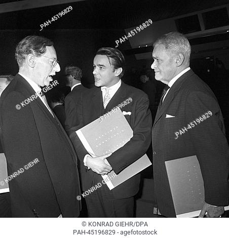 The picture from 22 April 1963 shows actor Klaus Kammer. Berliner Kunstpreis 1963 (Berlin prize for the arts) 'young generation'.gr | usage worldwide
