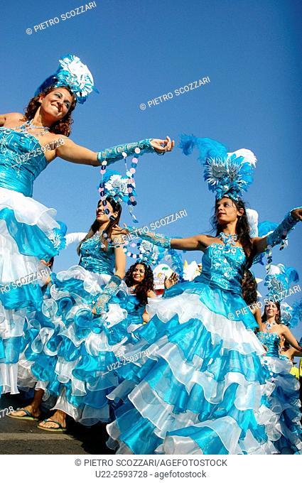 India, Goa, Panjim, beach carnival, Brazilian samba school parading