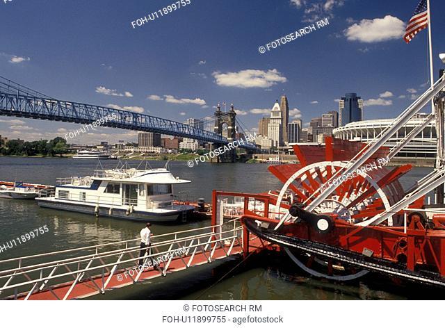 Boat Ohio River Cincinnati Stock Photos And Images Age Fotostock