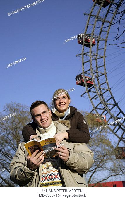 Austria, Vienna, Prater, Riesenrad, Winters read couple, city leaders, detail,  couple, winter clothing,  Capital, casual park, amusement park, tourists, guides
