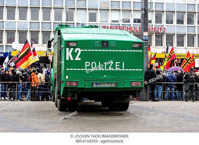 Demonstration in Wuppertal, PEGIDA, Hogesa, hooligans, antifa and Salafists demonstrate the same time, in different places, Wuppertal, North Rhine Westphalia