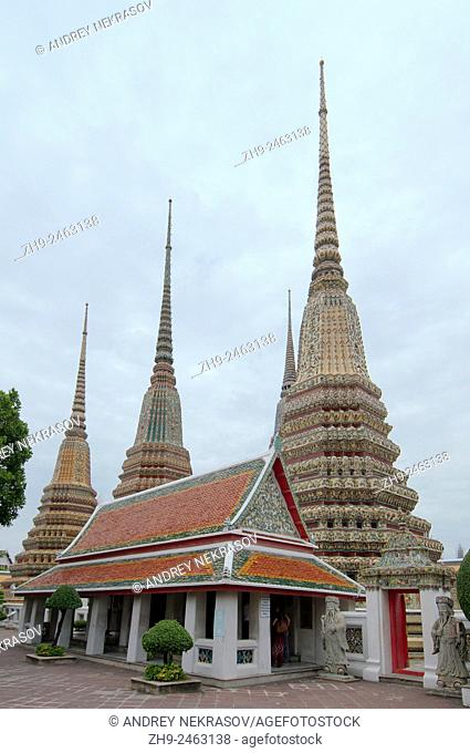 Phra Maha Chedi Si Ratchakan of Wat Pho - Temple of the Reclining Buddha, its official name is Wat Phra Chetuphon Vimolmangklararm Rajwaramahaviharn