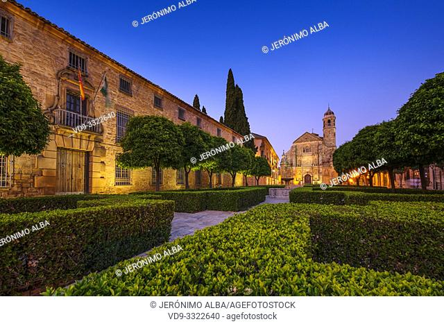Salvador Church and Parador Nacional del Condestable Dávalos in Plaza de Vázquez Molina. Ubeda, Jaén province. southern Andalusia. Spain Europe