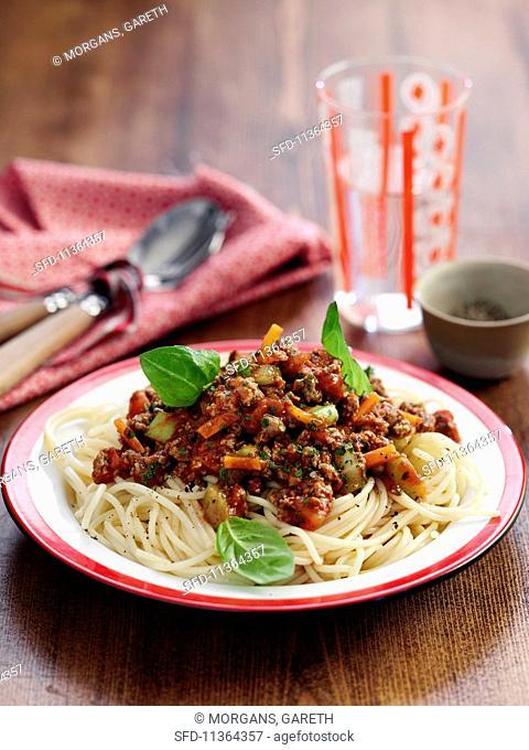 Spaghetti alla bolognese (spaghetti with a meat sauce, Italy)