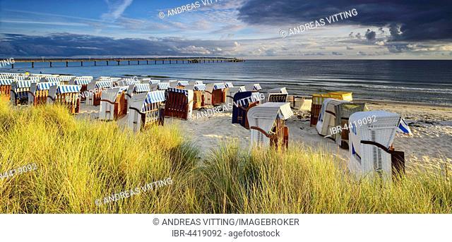 Pier and beach chairs on the coast, Binz Sea Resort, Rügen, Mecklenburg-Western Pomerania, Germany