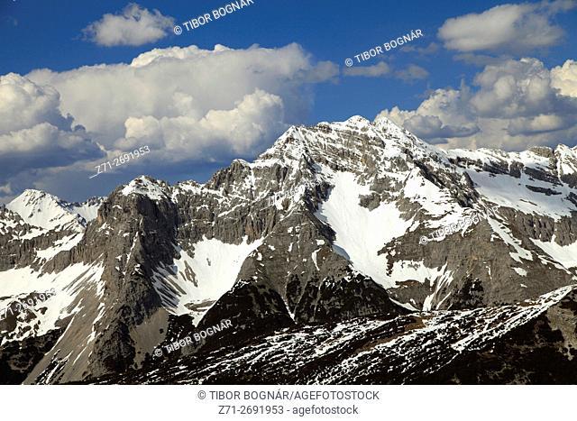 Austria, Tyrol, Alps, Innsbruck, Karwendelgebirge, mountain scenery,
