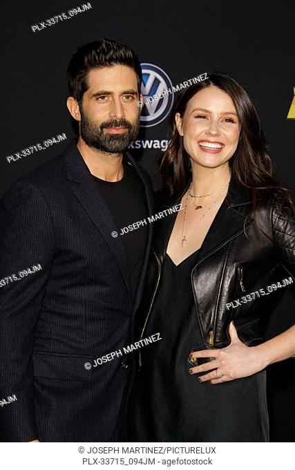 """Stephen Schneider, Jenn Proske at the Premiere of Paramount Pictures' """"""""Bumblebee"""""""" held at the TCL Chinese Theatre in Hollywood, CA, December 9, 2018"""