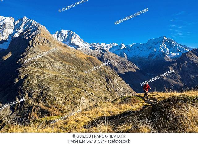 France, Hautes Alpes, Ecrins National Park, La Chapelle en Valgaudemar, hike to lake Lauzon (alt : 2008m), Sirac (alt : 3441m) on the right