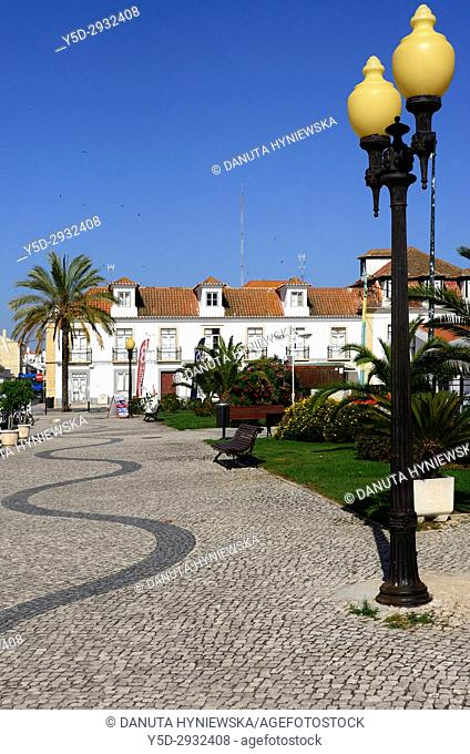 waterfront promenade, Vila Real de Santo António, Algarve, Portugal, Europe