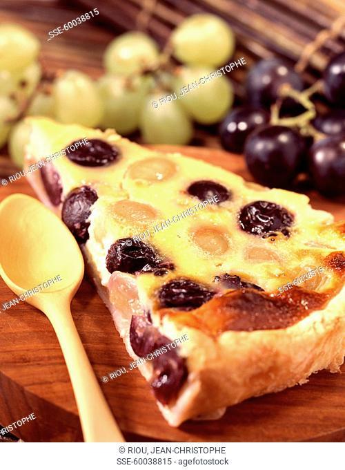 Grape and baked egg custar pie
