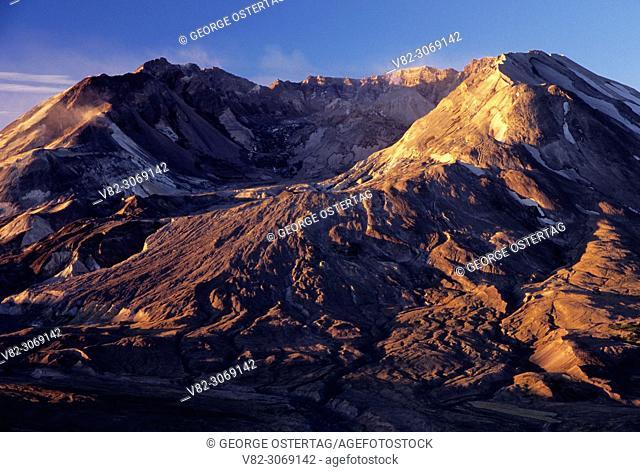 Mt St Helens from Johnston Ridge, Mt St Helens National Volcanic Monument, Washington