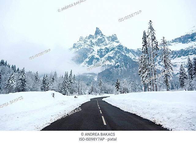 Empty road,áGrand Massif, French Alps