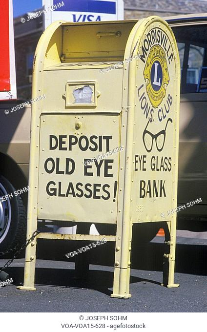 """A sign that reads """"Deposit old eye glasses"""""""