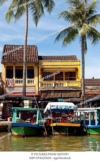 Vietnam: Hoi An from the Thu Bon River
