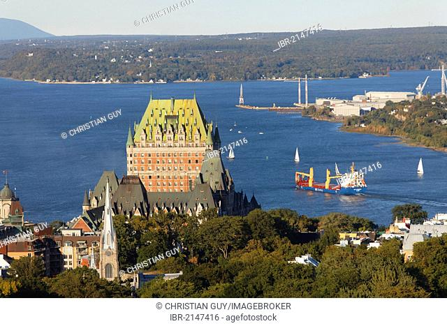 Chateau Frontenac and St Lawrence river, Quebec City, UNESCO World Heritage Site, Quebec, Canada