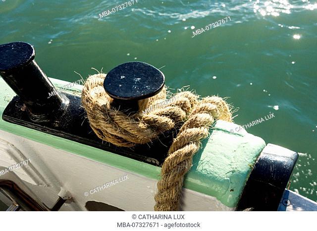 Venice, vaporetto, detail, rope