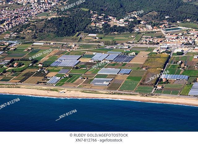 Spain, Catalonia, Barcelona, El Maresme, beaches and farmlands between Santa Susanna and Pineda