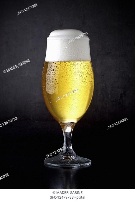 A glass of pils