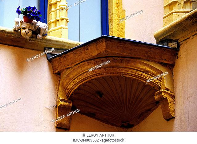 France, Rhone Alpes, Lyon, architectural detail