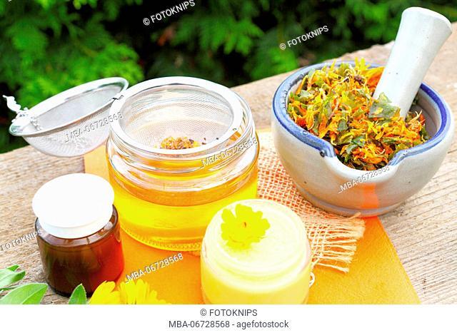 Home-made marigold salve