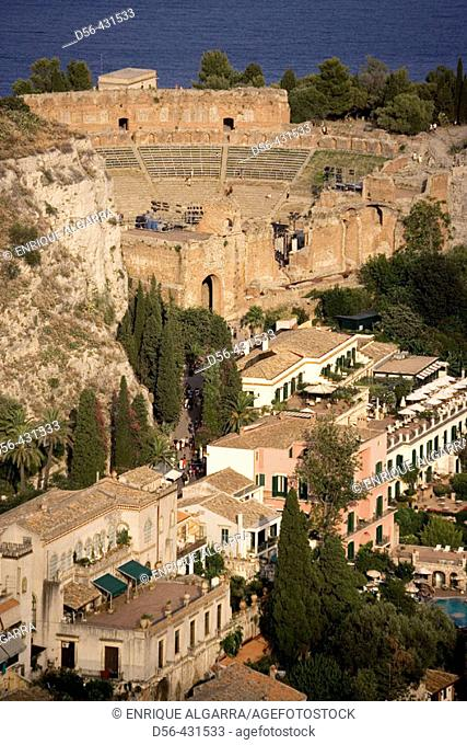 Taormina and Greek theater as seen from the Castelo. Sicily, Italy