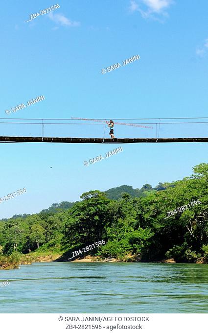 Wooden suspended bridge over Rivers Oxolotan and Amatan, Tacotalpa, Tabasco, Mexico, America