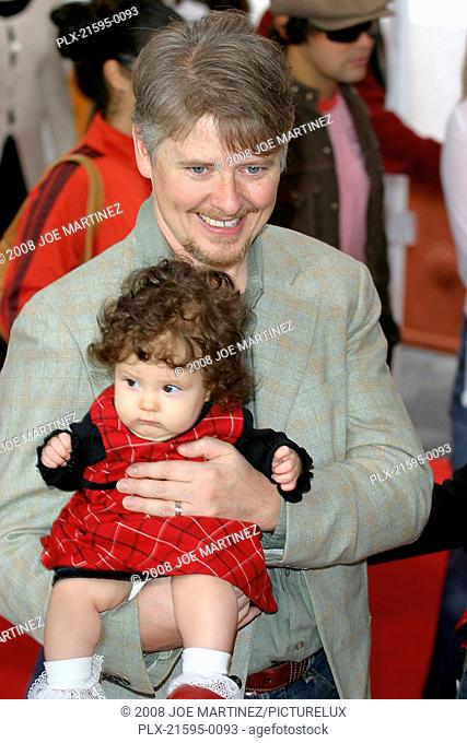 Dr. Seuss's: The Cat in the Hat Premiere 11-8-03 Dave Foley with daughter Alina Photo By Joe Martinez