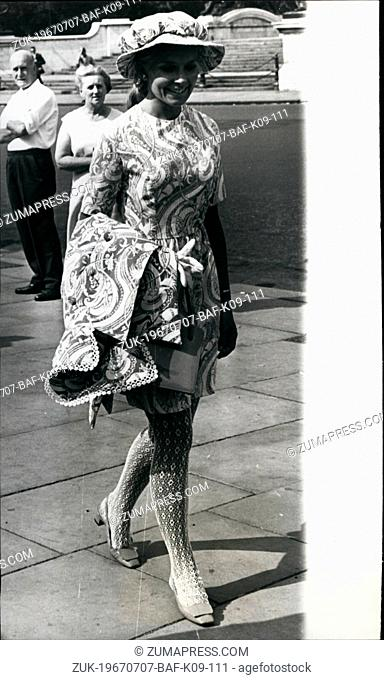 Jul. 07, 1967 - Miss Beefeter; Wearing lace stockings and a beefeater hat, Elsa Calvo went to yesterday's Royal Garden Party at Buckingham Palace