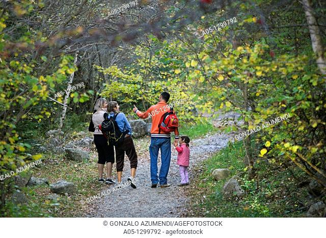 Camino del agua  Cami de l aigua  Water way  Family hiking Boi - Taull Valley  Alta Ribagorça Region Peripheric area. Aigüestortes i Estany de Sant Maurici...