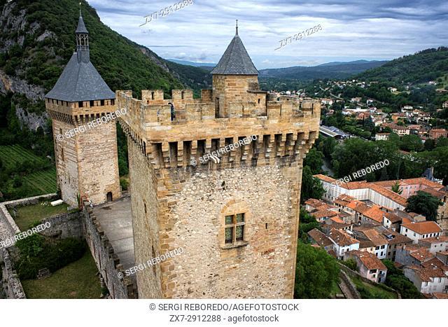 Mediaeval castle and town Foix, Midi-Pyrénées, Pyrenees, departement of Ariege, France, Europe. Gaston Phoebus contal Castle of the Counts of Foix