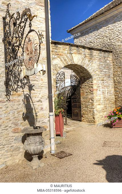 Chateau Pommard, wine route, route of the Grands Crus, Pommard, Burgundy, France, Europe