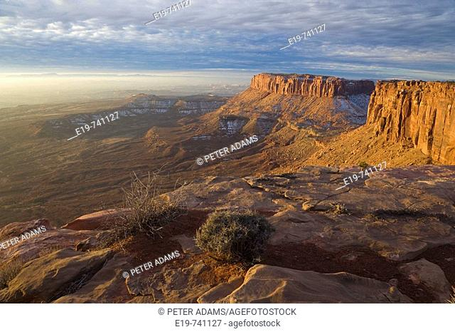 Island In The Sky, Canyolands National Park, Utah, USA. View from Island In The Sky, early morning