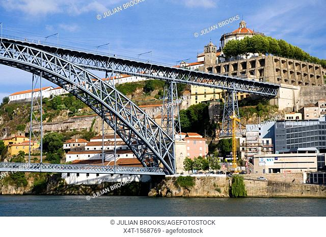 Ponte Dom Luis, Bridge in Porto, Portugal - Detail
