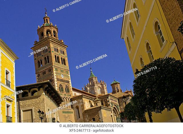 Cathedral of Santa María de Mediavilla and Mudejar Tower of Cathedral, Teruel, Aragón, Spain, Europe