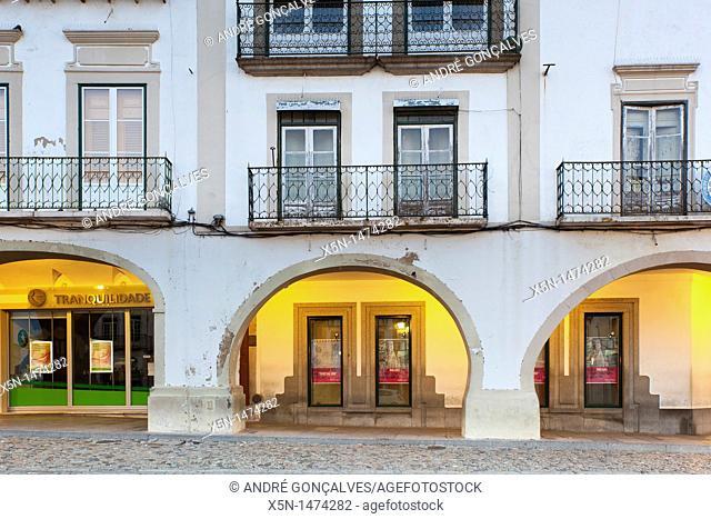 Archs of the Giraldo Square, Evora, Alentejo Portugal, Europe