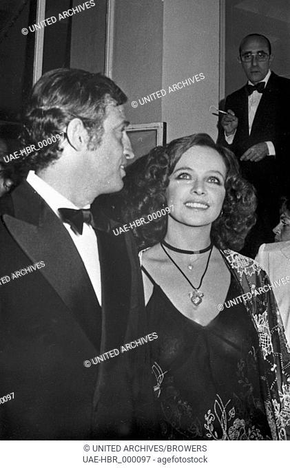 Jean Paul Belmondo beim Film Festival in Cannes 1974, Frankreich 1970er Jahre. Jean Paul Belmondo at the Cannes Film Festival 1974, France 1970s