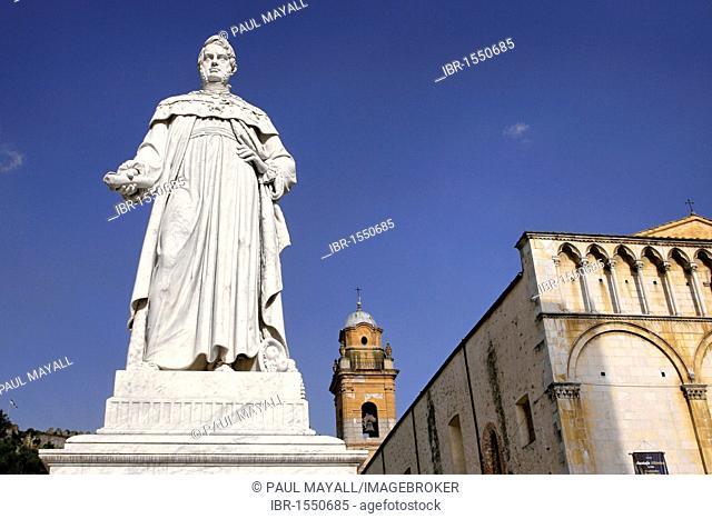 Statue of Leopoldo II, Pietrasanta, Tuscany, Italy, Europe