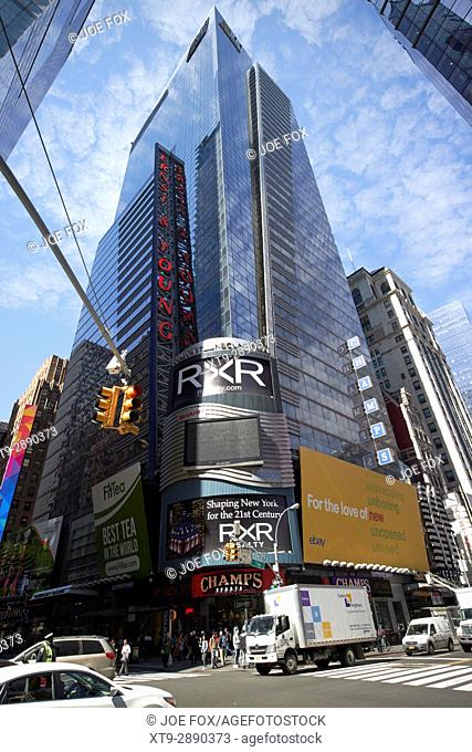 5 times square ernst and young tower headquarters New York City USA